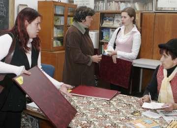 Propunerea unui deputat: SPORURI şi fond de stimulare pentru PROFESORI