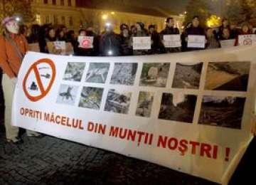 Proteste împotriva exploatării de la Roşia Montană şi a gazelor de şist