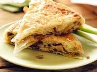 Rapid de preparat și delicios: Plăcintă cu varză
