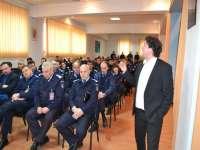 Recital de poezii la Jandarmeria Maramureş