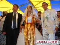Regele țiganilor ortodocşi, Dan Stănescu, îşi mărită FIICA cea MICĂ