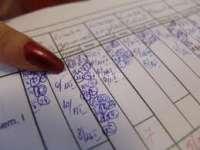 Regulament nou în şcoli: La 40 de absenţe, nota la purtare a elevului se scade sub 6.00 şi exmatricularea devine efectivă