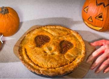 REȚETA ZILEI - Plăcinta cu carne pentru Halloween