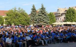 Reuniunea Tinerilor Ortodocsi: Mii de persoane au luat parte la conferinta lui Dan Puric