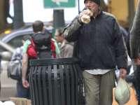 Richard Gere, confundat cu un cerşetor de o turistă franțuzoaică