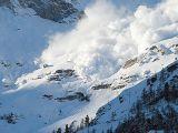 Risc mare de avalanşă în munţii din Maramureş
