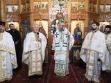 ROZAVLEA - După 41 de ani de slujire, părintele Grigore Andreica a predat ştafeta urmaşului său