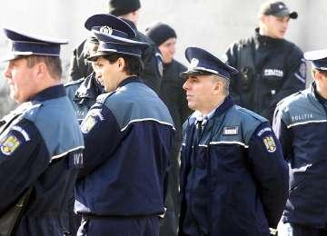 Rudele poliţiştilor decedaţi sau răniţi în misiune pot fi angajate în MAI