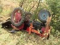 RUSCOVA - Un bărbat a decedat după ce s-a răsturnat cu un tractor într-o râpă