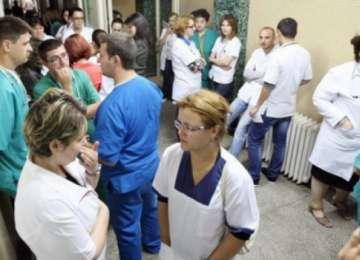Salariile întregului personal medical cresc cu 25% de la 1 octombrie 2015