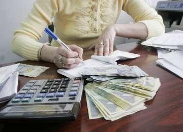 Sancţiuni contravenţionale de 7.000 de lei şi mărfuri confiscate de peste 30.000 de lei