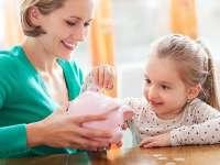 Săptămâna viitoare vor fi lansate în dezbatere normele de aplicare ale legii privind indemnizațiile pentru mame