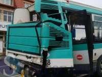 Șase răniți într-un accident rutier în Cluj; o autocisternă a lovit un autobuz