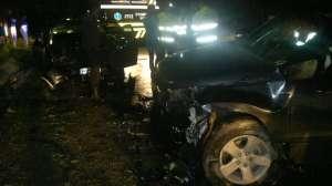 Accident: Şase persoane au fost rănite într-o coliziune provocată între Surdeşti şi Cavnic