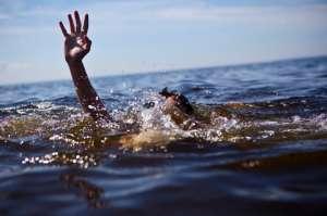 Scafandrii caută trupul unui maramureșean de 46 de ani, înecat în balastiera de la Sarasău