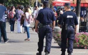 """Scandal izbucnit la Festivalul cântecului şi dansului """"Maramureşu` răsună"""", aplanat de jandarmi"""