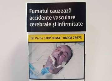 SCANDAL - Poza unui român în comă a apărut pe noile pachete de țigări din toate țările UE, fără acordul familiei