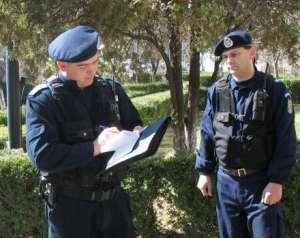 Scandalagii, sancţionați de jandarmi pentru tulburarea ordinii şi liniştii publice