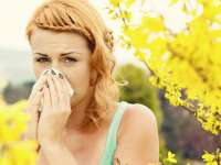 Schimbările climatice duc la creșterea volumului de polen din atmosferă, afectându-i pe cei care suferă de alergii