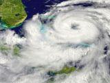 Școlile din Irlanda au fost închise înaintea sosirii uraganului Ophelia