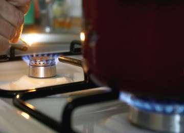 SCUMPIRI: Prețul gazelor se va majora cu 5 - 8 % de la 1 iulie 2015