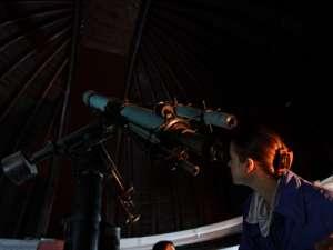 Seară de observaţii astronomice la Planetariul Baia Mare