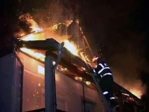 Sfârşit tragic: O bătrână din Borşa a ars de vie într-un incendiu