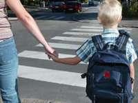Sfaturile poliţiştilor pentru părinţi şi copii, odată cu începerea şcolii