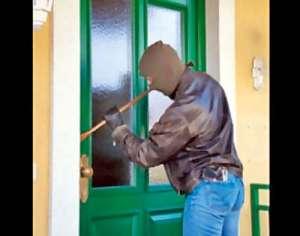 Șieu: Prinşi de poliţişti la scurt timp de la comiterea unui furt