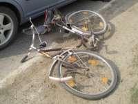 SIGHET: A accidentat o biciclistă și a încercat să o convingă să nu anunțe poliția