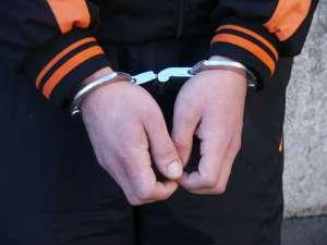 SIGHET- Bărbat în vârstă de 43 de ani, depus în arestul IPJ Maramureș. Acesta a fost condamnat la închisoare pentru infracțiuni rutiere