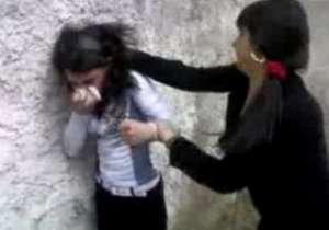 SIGHET: Eleve sancționate de jandarmi după ce s-au luat la bătaie în incinta liceului