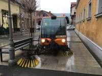 SIGHET - Herodot Grup a dat în exploatare o auto măturătoare pentru trotuare