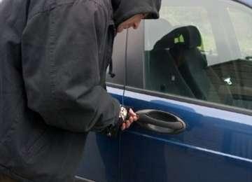 SIGHET- HOȚUL care a furat un autoturism, prins de poliţişti