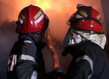 SIGHET: O magazie de lemne a fost mistuită de flăcări. Două incendii şi la Baia Mare