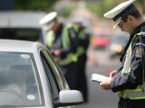 SIGHET: Poliţiştii au depistat în trafic un tânăr care se deplasa fără permis cu un autoturism neînmatriculat