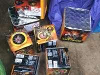 SIGHET - Poliţiştii au prins în flagrant un sighetean care încerca să vândă ilegal artificii