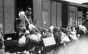 SIGHET: Proiecție de film în aer liber cu ocazia comemorării victimelor Holocaustului din Maramureş
