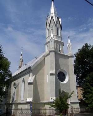 """SIGHET - Sâmbătă, 15 august, are loc hramul bisericii """"Adormirea Maicii Domnului"""""""