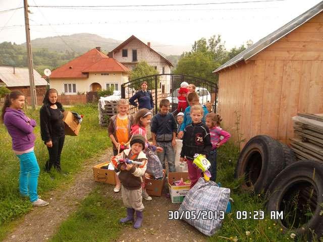 """FOTO: Gest umanitar din partea unui Polițist de frontieră: """"DIN SUFLET PENTRU SUFLET"""""""