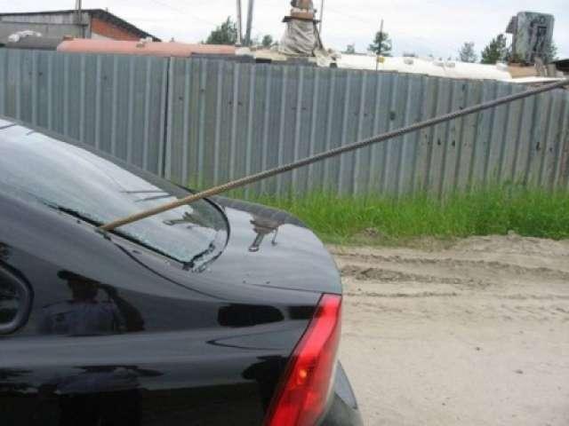 """GALERIE FOTO - Scene din filmul """"Final Destination"""": Ce a pățit un șofer pe drumurile din România"""