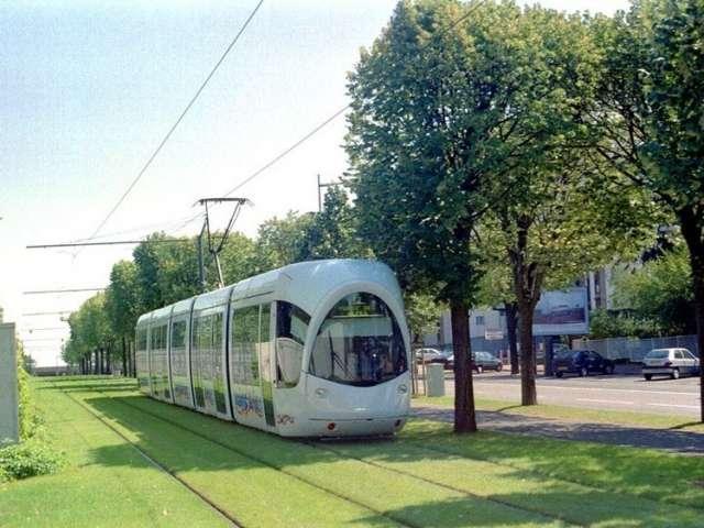 Tramvaiul verde, o inventie europeana care ar fi buna si la noi