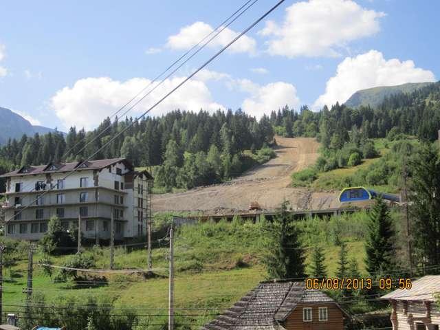 GALERIE FOTO - Primăria Borșa realizează în regie proprie lucrările necesare finalizării Pârtiei Olimpice