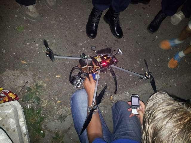 EXCLUSIV SIGHET 247: FOTO - Incident cu un rănit la Festivalul de Folk, ca urmare a prăbușirii unei drone de filmat peste public