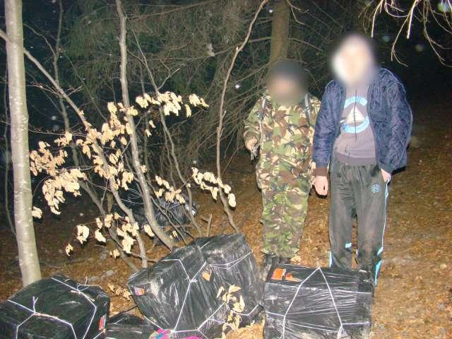 VIDEO CONTRABANDĂ: Ţigări de contrabandă în valoare de peste 180.000 lei confiscate