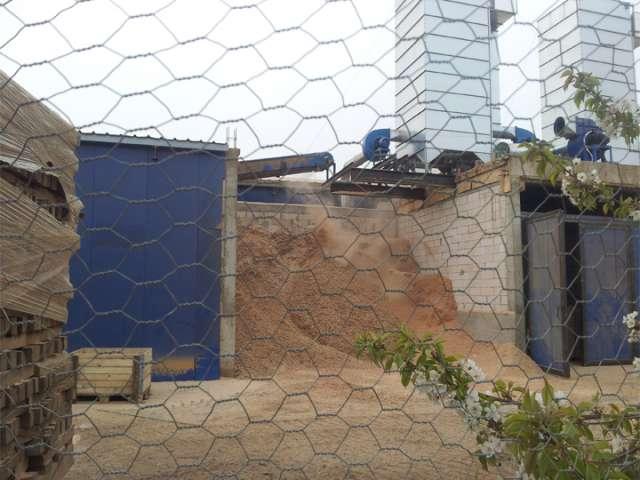 FOTO + Reportaj VIDEO - Dezastru ecologic provocat de către S.C. AVIVA S.R.L. Locuitorii din zonă sunt cu nervii la maxim