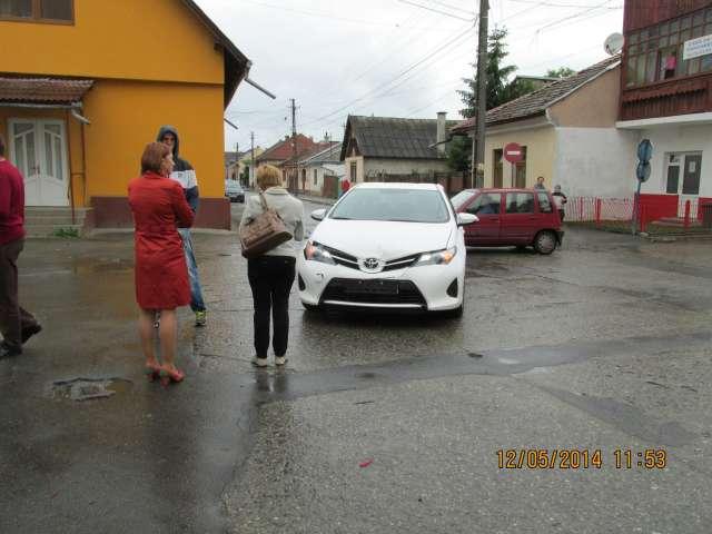 FOTO - Liliana Vârsta, consiler local în Sighet, a provocat un accident de circulație pentru că nu a acordat prioritate de trecere