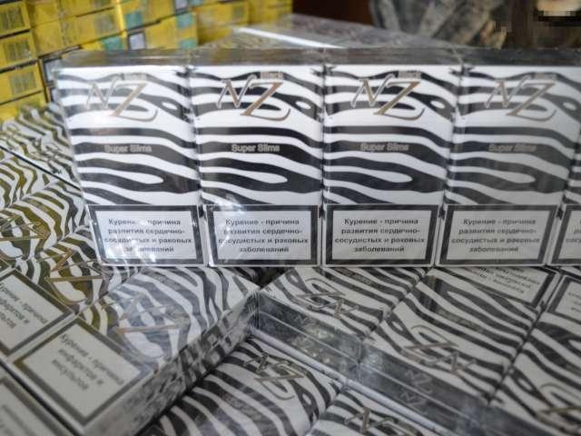 2.500 de pachete de țigări de contrabandă ascunse într-un Cielo