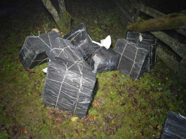 VIDEO - 17.000 pachete de țigări, confiscate în weekend de către Polițiștii de frontieră