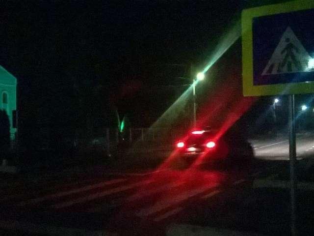 Grav accident de circulație în Tisa: O persoană care dormea pe drum a murit, după ce a fost călcată de către o mașină